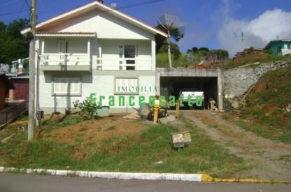 Casa de Alvenaria Dois Andares